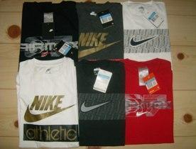 59d533aaaa Nike rövid ujjú póló. Ára:2100 Ft